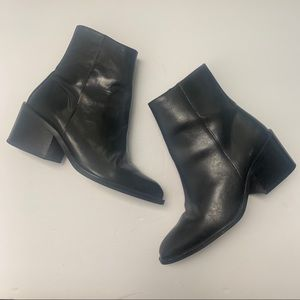 VINTAGE ZODIAC SALOON LEATHER BLACK BOOTS/ BOOTIES